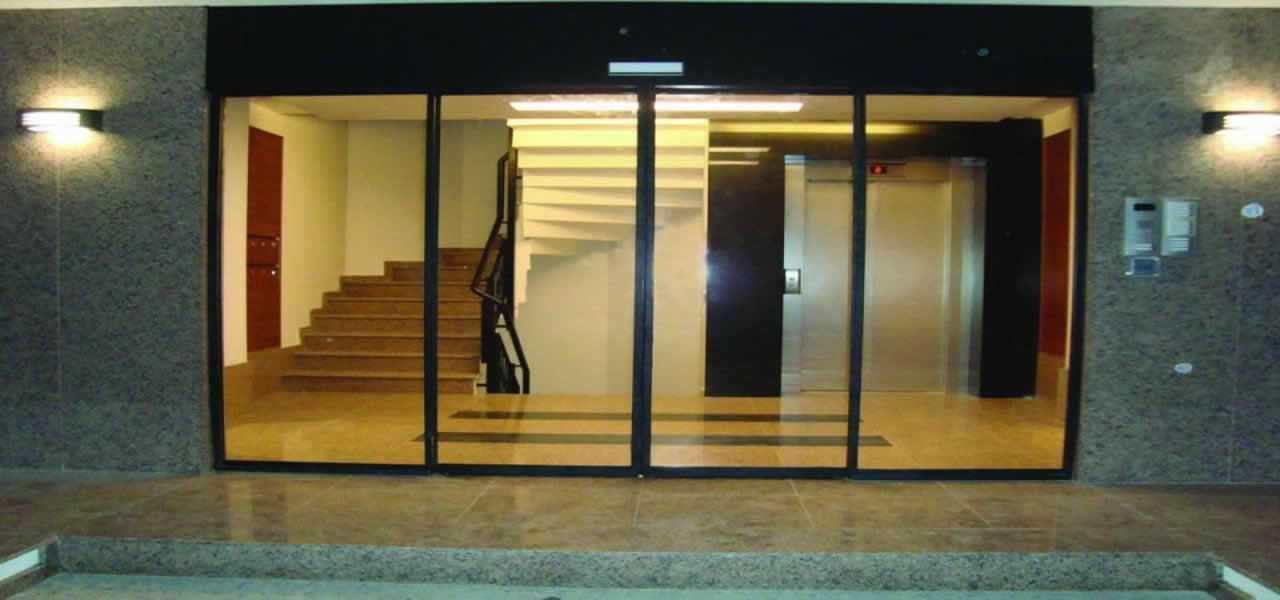 Fotoselli kayar kapılar